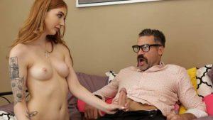 ดูหนังโป๊ porn Megan Winters เปียกเพราะพ่อขอล่อซักที BadTeensPunished