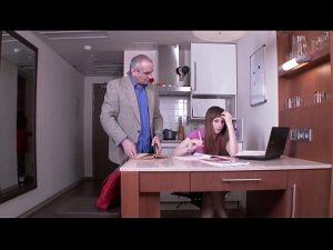 ดูหนังโป๊ออนไลน์ฟรี Tricky old Teacher – Russian Teacher กระแทกหีลูก