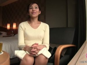 ดูหนังโป๊ออนไลน์ฟรี Kinky Japanese MILF in Pink Lingerie Loves to get her Perfect Ass Slapped เอวดี